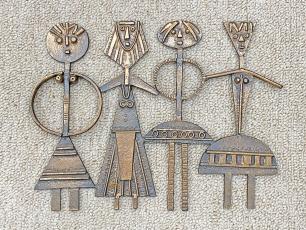 Percz János leánykás bronz fali plasztika