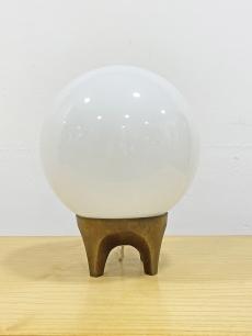 Iparművészeti bronz talpú asztali lámpa