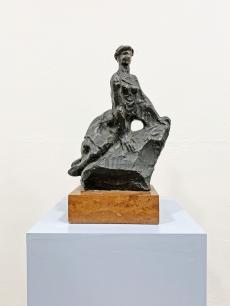 Veszprémi Imre bronz szobor - kalapos nő - 1965 körül
