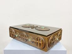Iparművészeti bronz doboz