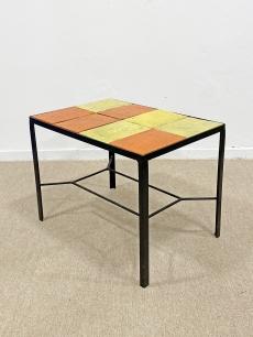 Retro kerámia asztal