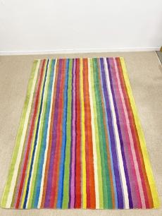 Szivárvány csíkos vintage szőnyeg