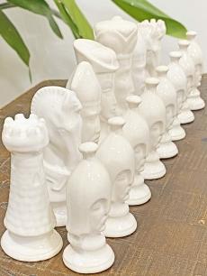 Csodás porcelán sakk készlet