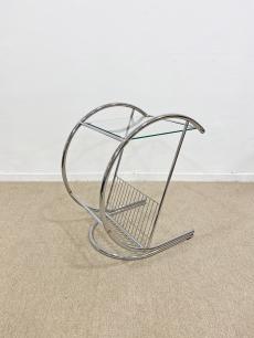Krómozott csővázas design asztalka