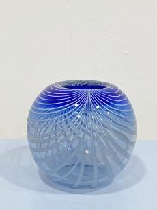 Muránói gömb üveg váza száldíszítéssel