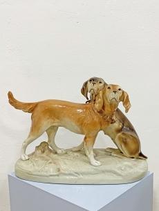 Royal dux porcelán vadászkutya szobor
