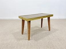 Különleges, mid-century modern üvegmozaik kis asztal