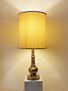 Extra elegáns aranyozott lámpa