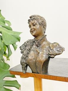 Carl Kauba - Antik bronz női mellszobor